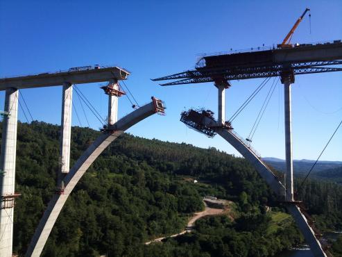 Linea de alta velocidad - Madrid - Galicia