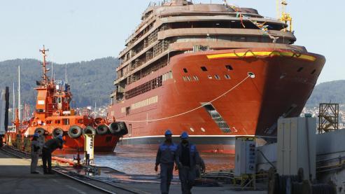 Gobierno gallego y patronal de los astilleros exigen un diagnóstico del estado real de la empresa para cumplir los pedidos | La cadena deberá asumir los compromisos con las auxiliares.