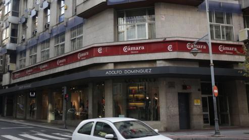 El sector encadena un nuevo ejercicio estancado en empleo y afiliaciones en Ourense, y con amenazas de nuevos cierres