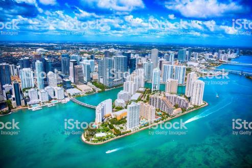 Así se lo trasladó el alcalde del condado de Miami-Dade al presidente de la Xunta // Núñez Feijóo, de visita institucional.