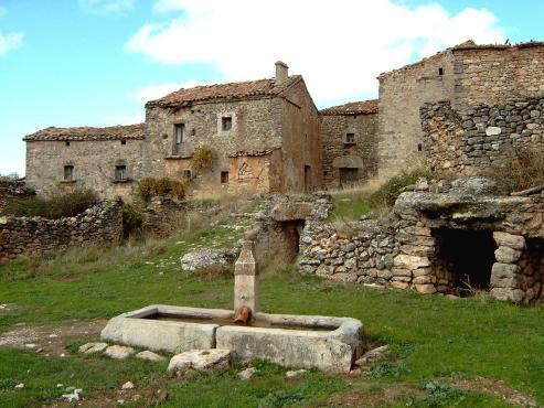 Proyecto de recuperacion de aldeas abandonadas.