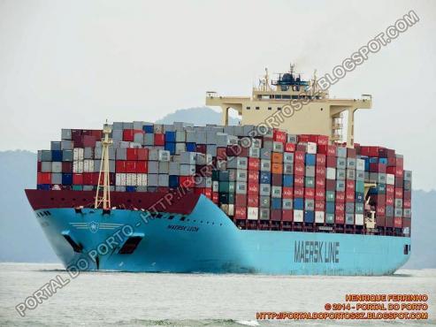 """El """"Maersk Leon"""" de 300 metros de eslora y el mayor carguero en la historia del Puerto de Vigo"""