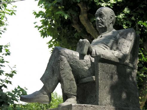 Escritor y premio nobel de literatura