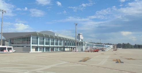 Peinador cierra 2017 con 1.065.595 pasajeros, su mejor registro desde 2011. Las 3 terminales gallegas suman un registro historico: 4.851.762 pasajeros.