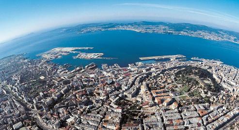 88 viviendas promovidas por Alexia y Avintia Inmobiliaria que permitiran vivir en Vigo con todos los servicios de una urbanizacion privada.