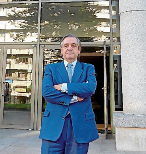"""Feijóo puso en valor sus """"muchas virtudes"""" - Abel Caballero elogió su """"humanidad"""" y """"cercanía"""" en el sector."""