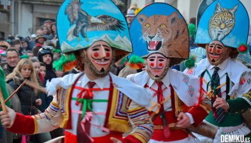 El Entroido de Xinzo de Limia, declarado de Interés Turístico Nacional, se celebrará del 1 al 5 de marzo de 2019 y, según ha anunciado la organización a través de un comunicado, recuperará el Concurso de Disfraces del desfile del Martes de Entorido.
