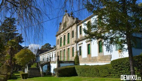 La conmemoración del Día Internacional del Patrimonio Mundial devolvió Verín a 1900, época en la que el mecenas José García Barbón regresó a su tierra natal para cumplir su sueño: crear una ciudad balnearia y cosmopolita.