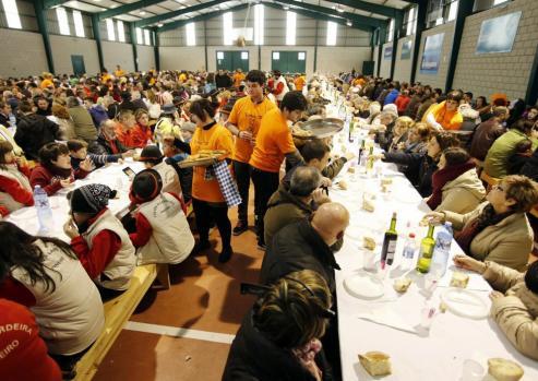Roberto Vilar, da el pregón de la 49ª edicion de la fiesta del cocido de Lalin