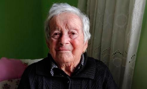 Esta veciña do Hío celebra o seu 103 cumpreanos e ten unha irmá que tamén supera a barreira do século.