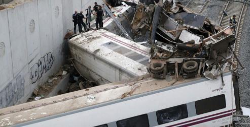 Accidente ferroviario en Santiago del Tren Alvia - Madrid - Ferrol
