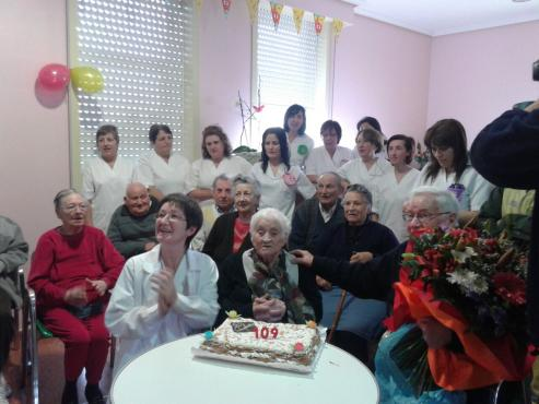 En Galicia, pronto sera corriente hablar de centenarios jovenes.