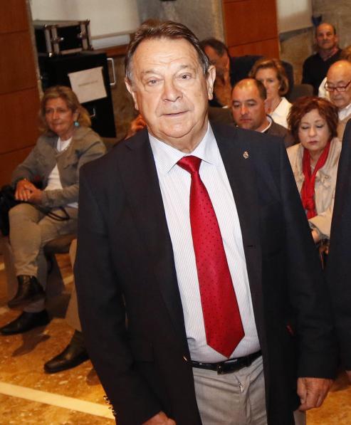 La nueva junta directiva tomó posesión en un acto con el presidente de la Xunta, Alberto Núñez Feijóo, y la presidenta del Congreso, Ana Pastor, en el Círculo de Empresarios.