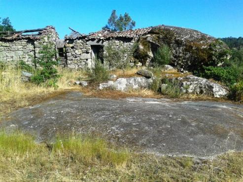 Dos municipios coruñeses se sitúan a la cabeza de Galicia en pueblos vacíos, Ortigueira y As Pontes.